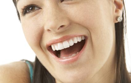 歯が欠けたまま放置しているとどうなる?