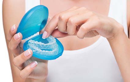 歳をとって歯が黄色くなってしまった場合の対処法